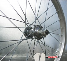Колесо 18 переднее б/рез. один. алюм. обод 28 отв. втулка сталь гайка X95764
