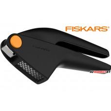 Пресс для чеснока Functional Form Fiskars
